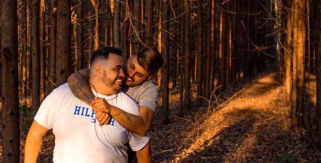 Ameaçado de morte ao anunciar casamento gay, empresário morre de covid-19  no dia da cerimônia - O Hoje.com